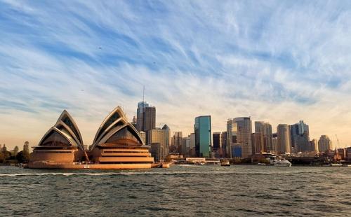 澳洲移民最新政策:澳大利亚总理消减移民,反对声强烈