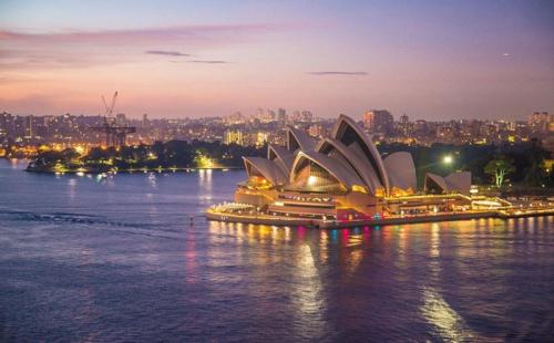 """""""克服""""旅行禁令,澳大利亚继续遣返外籍罪犯"""