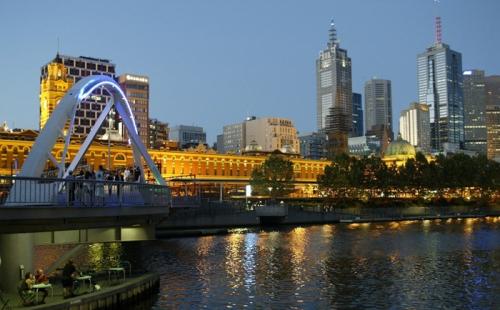 澳大利亚总理对永久签证持有者的及时警告:签证取消