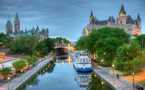 加拿大移民or留学竟然相差那么多!移民实际在为你省钱