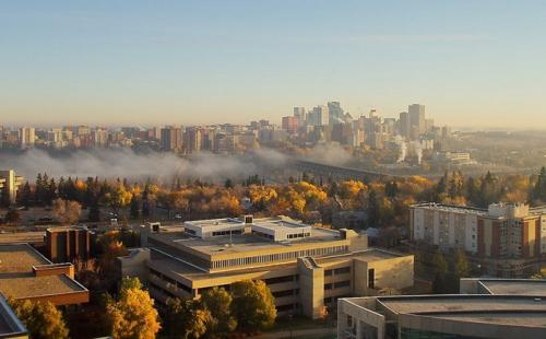 想要移民加拿大,选择多伦多还是温哥华比较好?