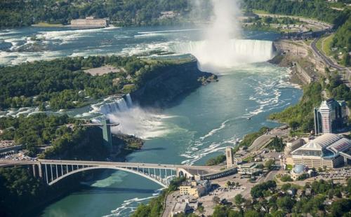 留学加拿大专科专业更易申请移民