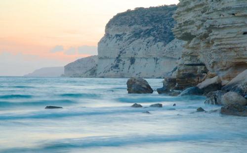塞浦路斯购房移民,三代获得永居身份