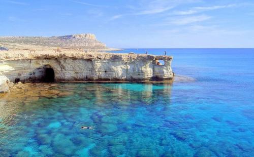 塞浦路斯护照年度配额用尽!新申请者恐需等待两年!