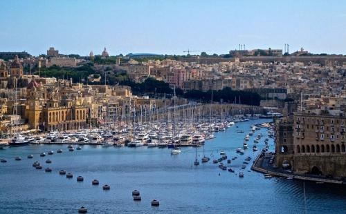 移民到人口不及广州3%的马耳他,到底怎么想的?