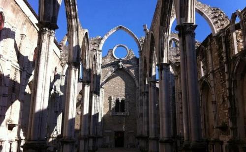 葡萄牙首个孔子课堂落户里斯本